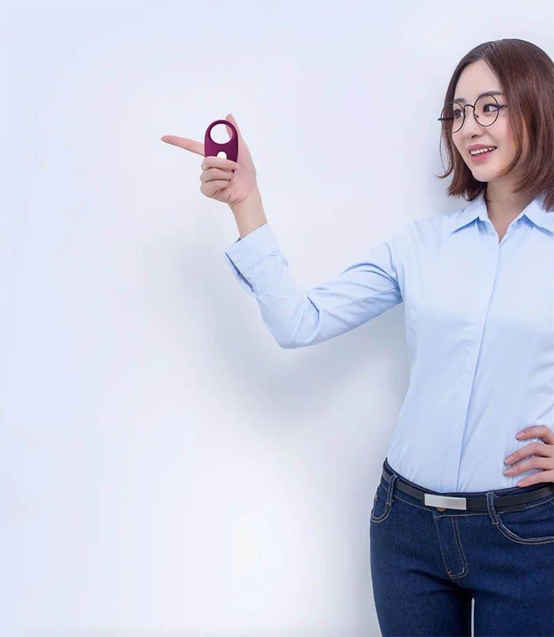 Sextoy cao cấp chính hãng của Mỹ Svakom Wendy vòng rung đeo dương vật
