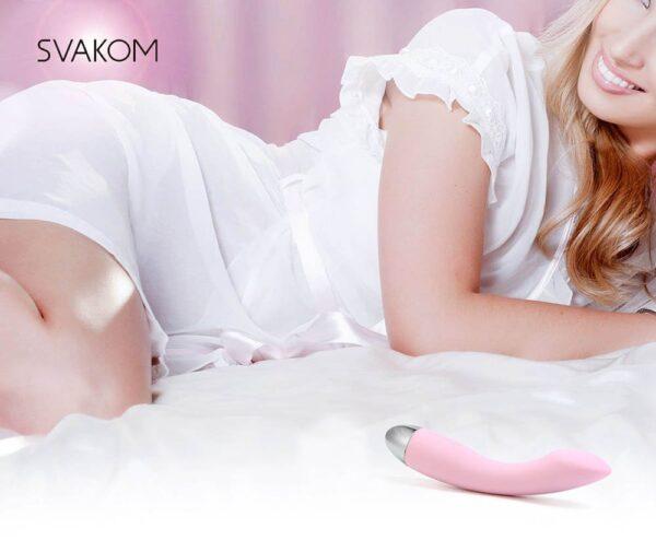 Máy mát xa điểm G Svakom Amy cho nữ thủ dâm.