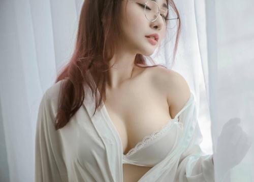 khen ngợi khả năng giường chiếu của nam giới là một cách khêu gợi hay.