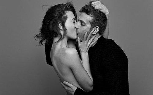 Cách hôn khiến chàng mê mệt không thoát ra