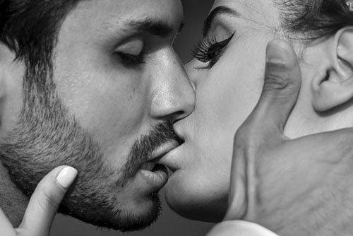 Cách hôn kiểu pháp kích thích ham muốn đối phương