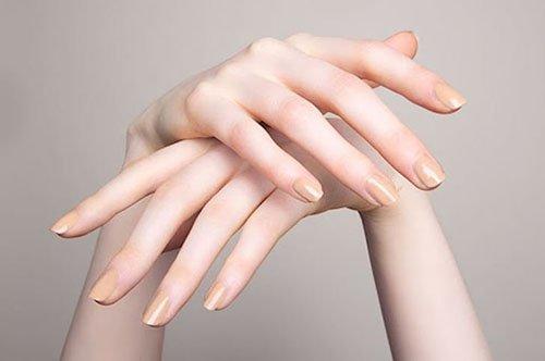 Mẫu phụ nữ dễ lên đỉnh là có ngón tay thon dài